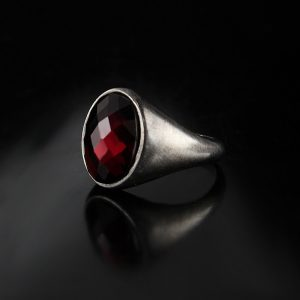 925 Sterling Silver Red Zircon Stone Simple Model Men's Ring