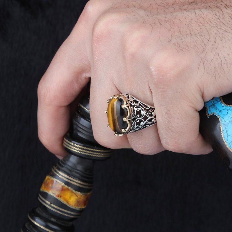 خاتم فضة عيار 925 مرصع بحجر عين النمر الرائع