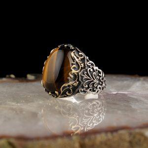 خاتم فضة عيار 925 مرصع بحجر عقيق عين النمر نقش يدوي على الجوانب