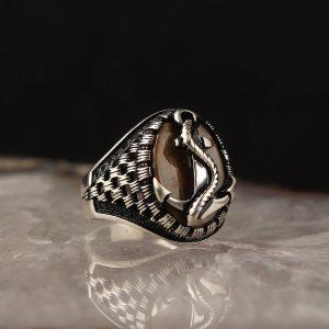 خاتم فضة عيار 925 مرصع بحجر عين النمر بموديل المرساة