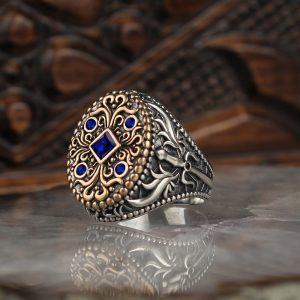 خاتم فضة عيار 925 مرصع بحجر الزيركون مع نقش سيف