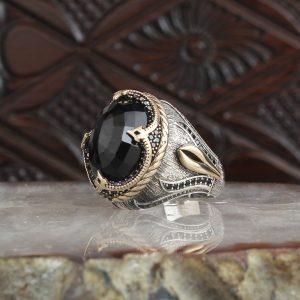 خاتم فضة عيار 925 مرصع بحجر الزيركون الأسود بتصميم جذاب