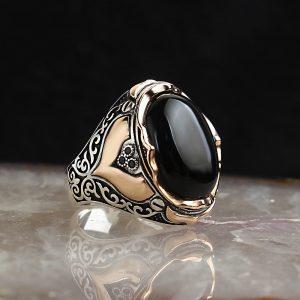 خاتم فضة عيار 925 مرصع بحجر الاونكس بتصميم مميز