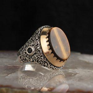 خاتم فضة عيار 925 مرصع بحجر عين النمر بتصميم مميز