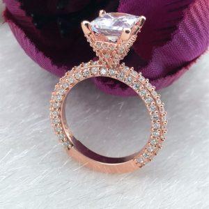 خاتم فضة نسائي عيار 925 مطلي بالذهب مرصع بحجر الزيركون