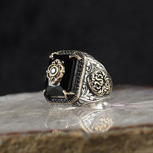خاتم فضة عيار 925 مرصع بحجر الزيركون الاسود بتصميم مميز
