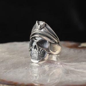 خاتم فضة عيار 925 صناعة يدوية مزخرف بشعار القبطان بتصميم رائع